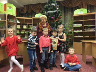 игровой урок английского для малышей в школе Englishgood
